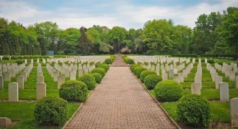 Pemakaman San Diego Hills