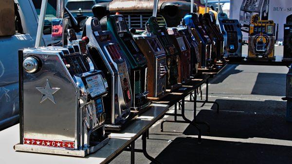 Mengenal 5 Jenis Mesin Slot Casino, Mulai Dari Tipe Klasik Hingga Generasi Terbaru